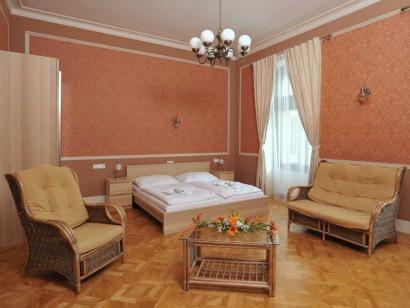 Lázně Hotel Vráž - pokoj